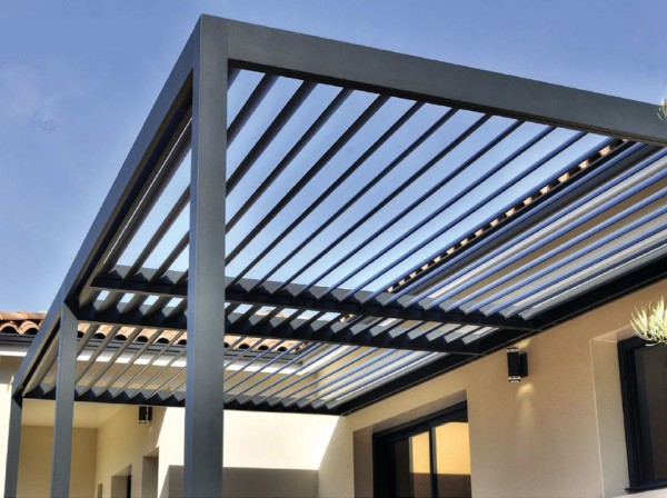 Pergola bioclimatique adossée POLARIS